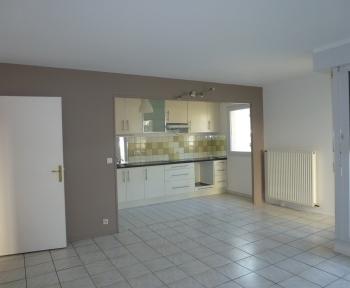 Location Appartement 2 pièces Orly (94310) - Centre ville