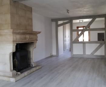 Location Appartement 4 pièces Givry-en-Argonne (51330)