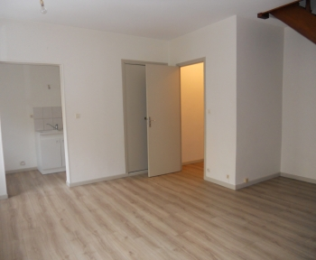 Location Appartement 2 pièces Sainte-Menehould (51800) - proche centre ville