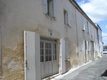 Location Maison de ville 4 pièces Pont-l'Abbé-d'Arnoult (17250)
