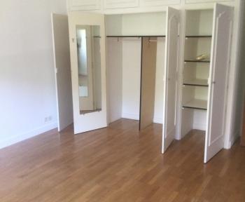 Location Appartement 3 pièces Divonne-les-Bains (01220) - DIVONNE LES BAINS